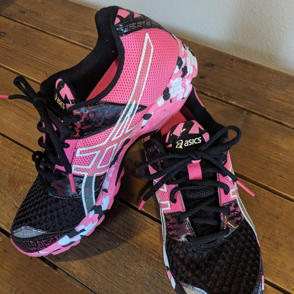 separation shoes 83252 b653d ASICS Gel Noosa Tri 8 Pink and Black size 7.5